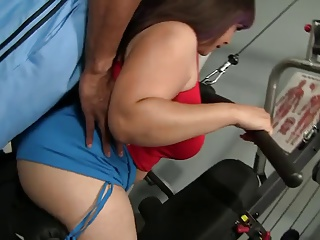 BBW cutie gets a BBC after a workout session