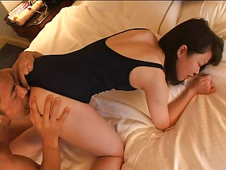 Japanese girl enjoys anal