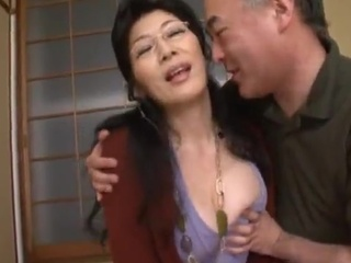 Hot Thai MILF playing While Giving the swallow